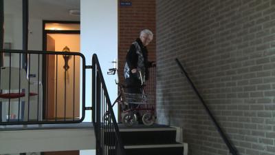 Lift In Huis : Bewoners feansterhiem aan huis gebonden door defecte lift omrop